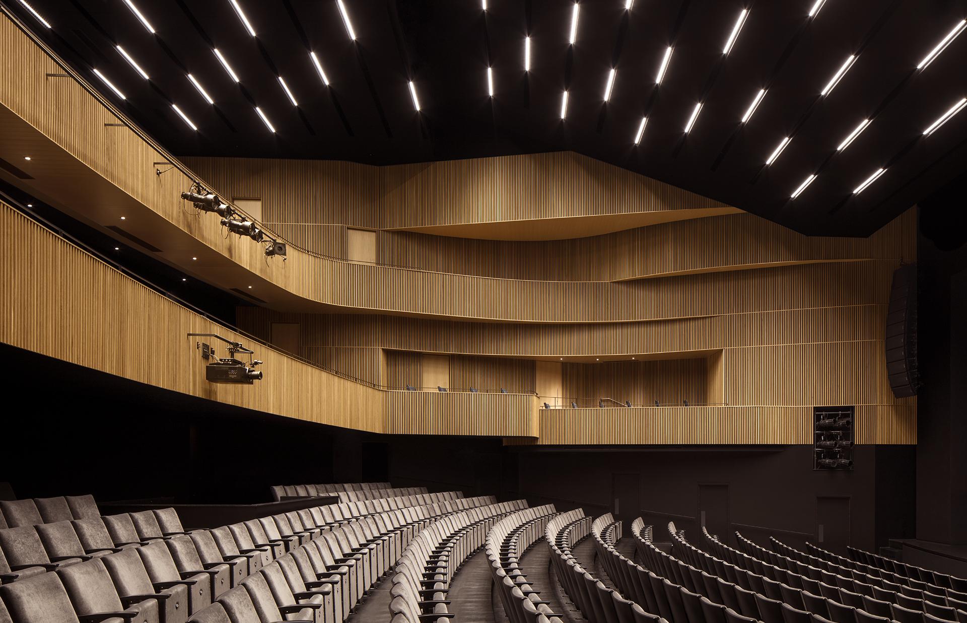 'Théâtre Gilles-Vigneault Cecobois