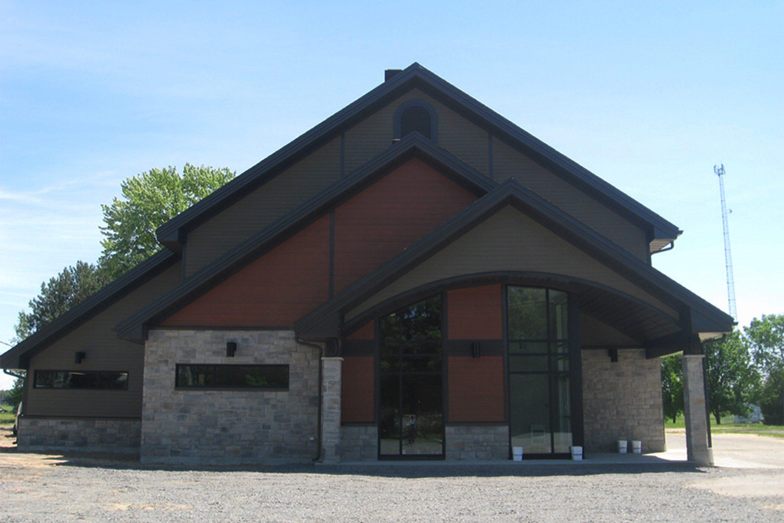 Reconstruction – Centre communautaire et lieu de culte, Municipalité de Ste-Francoise Cecobois 1