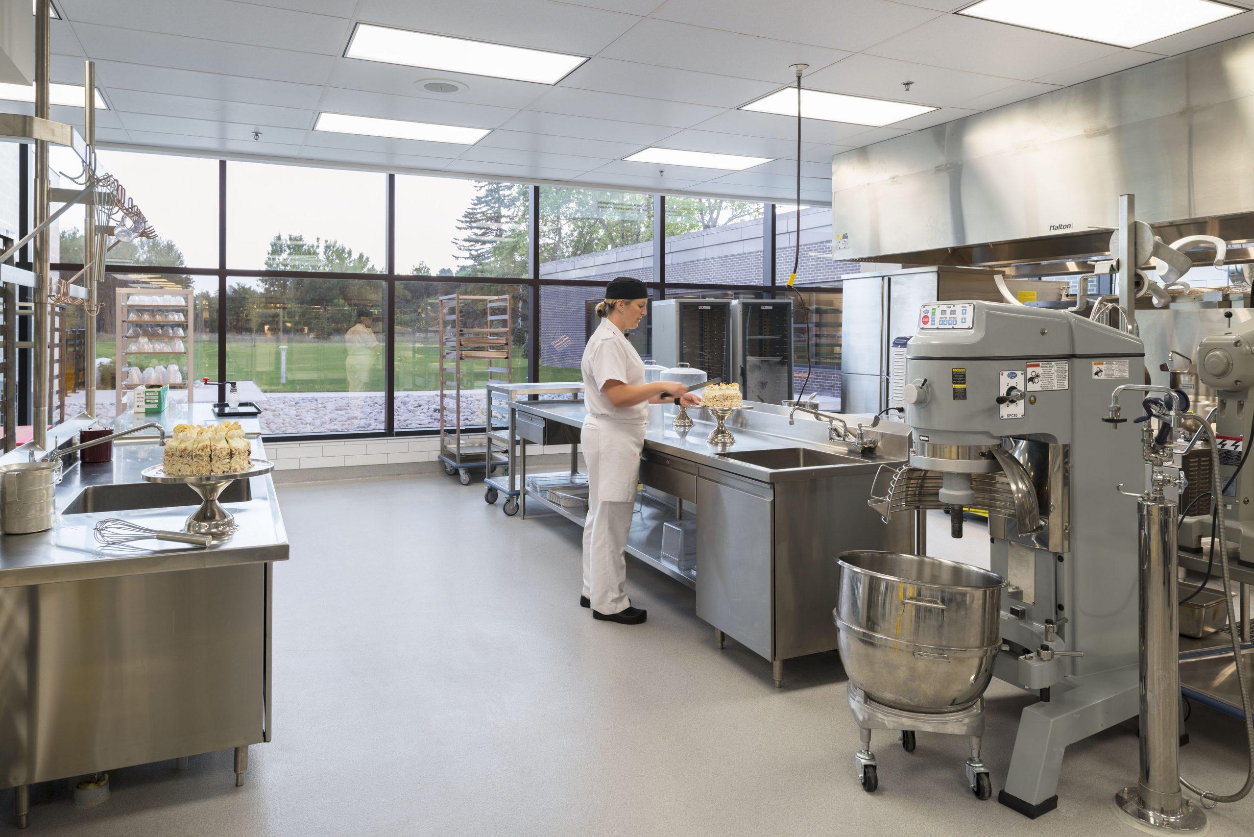 Nouvelle cuisine et salle à manger Curtiss, Borden Cecobois 5