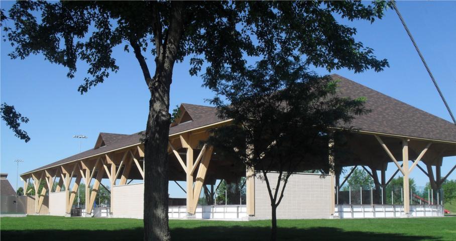 Patinoire extérieure couverte de McMasterville Cecobois 3