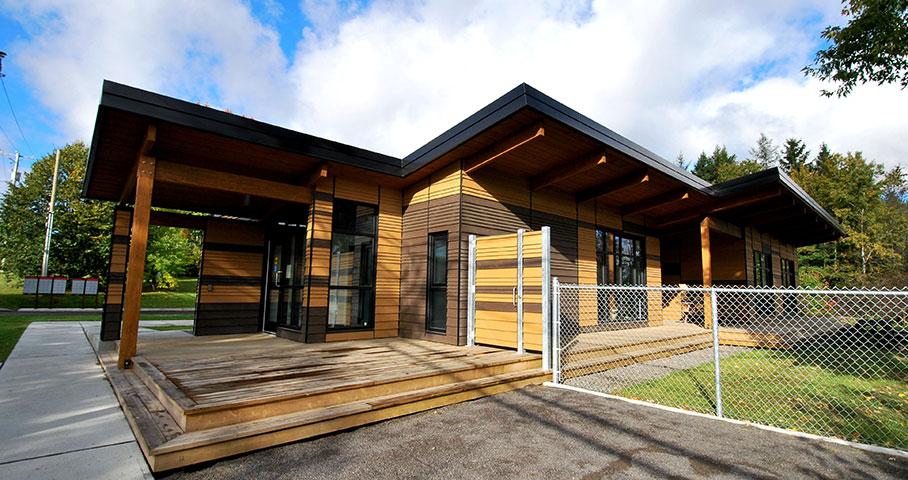 Pavillon d'accueil du parc linéaire du Lac-Saint-Charles Cecobois 1