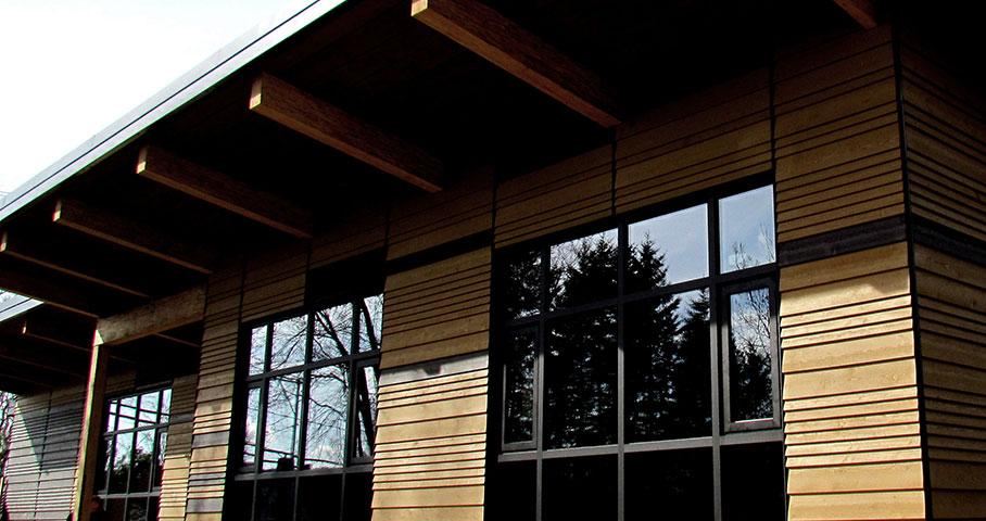 Pavillon d'accueil du parc linéaire du Lac-Saint-Charles Cecobois 4