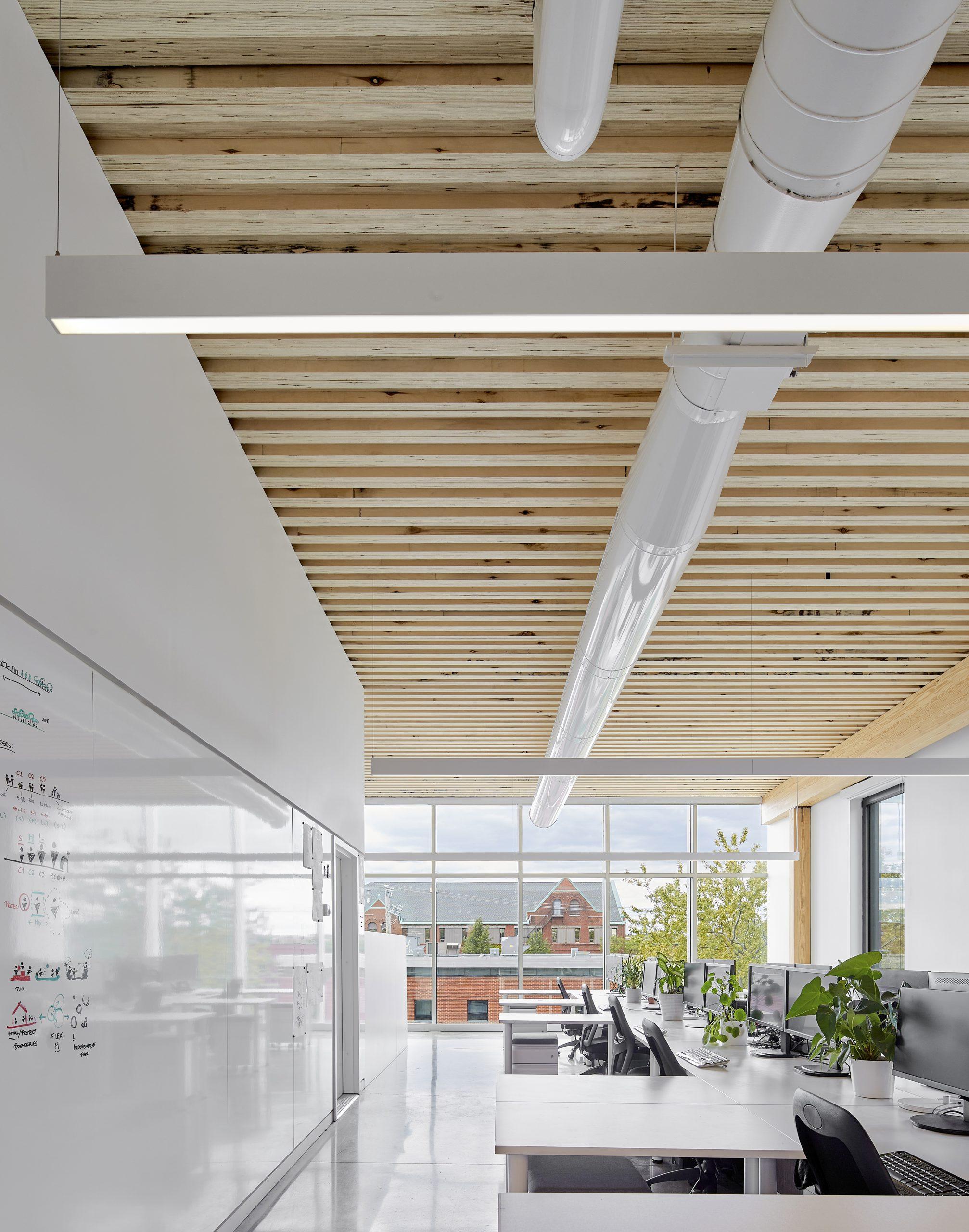 Agrandissement des bureaux de Jodoin Lamarre Pratte architectes Cecobois 5