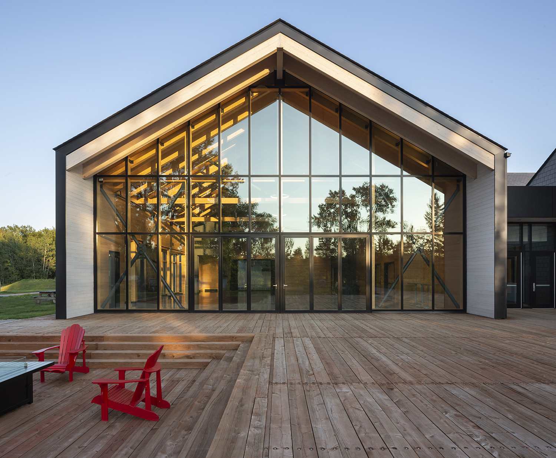 Pavillon d'accueil à la Base de plein air de Sainte-Foy Cecobois 8