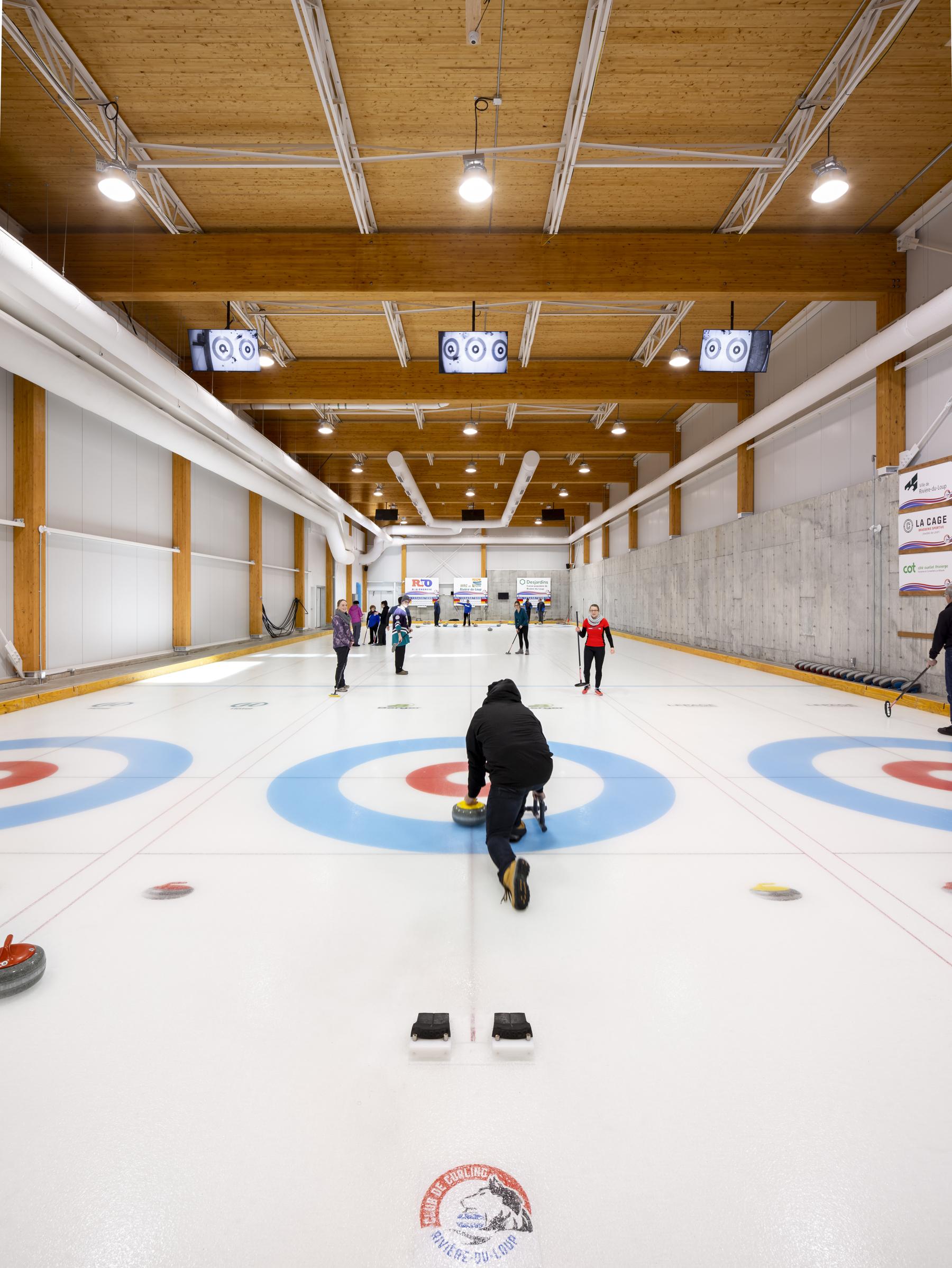 Centre curling Prelco Cecobois 1