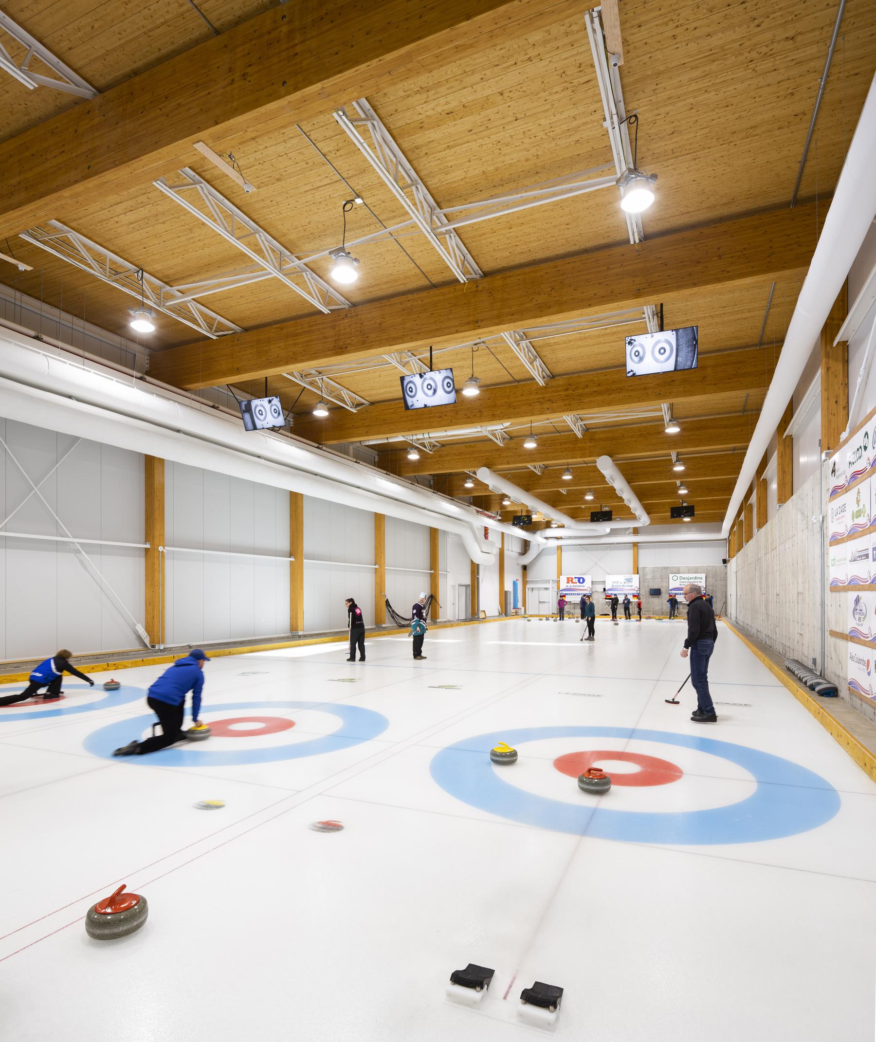 Centre curling Prelco Cecobois 6