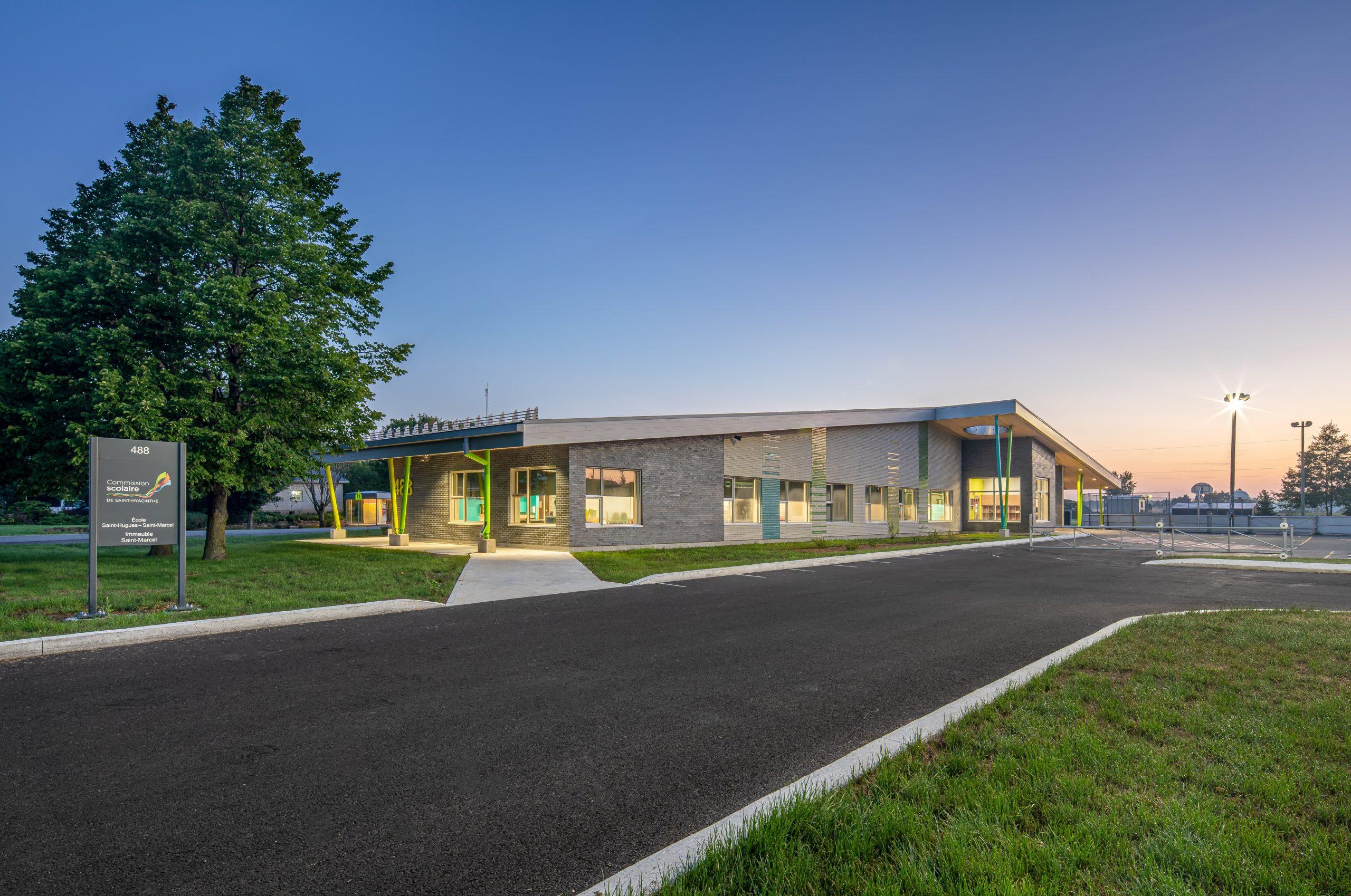 Reconstruction de l'école Saint-Hugues – Saint-Marcel, immeuble Saint-Marcel Cecobois 6