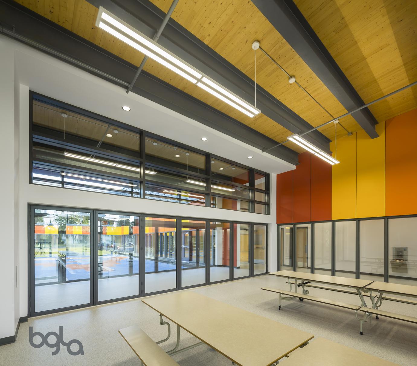 'École primaire et secondaire  Dollard-des-Ormeaux Cecobois