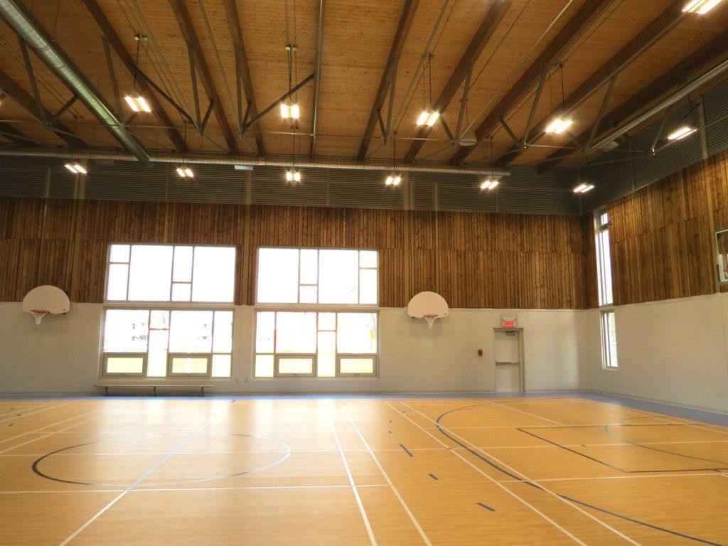 'Gymnase de l'école primaire de Louiseville Cecobois