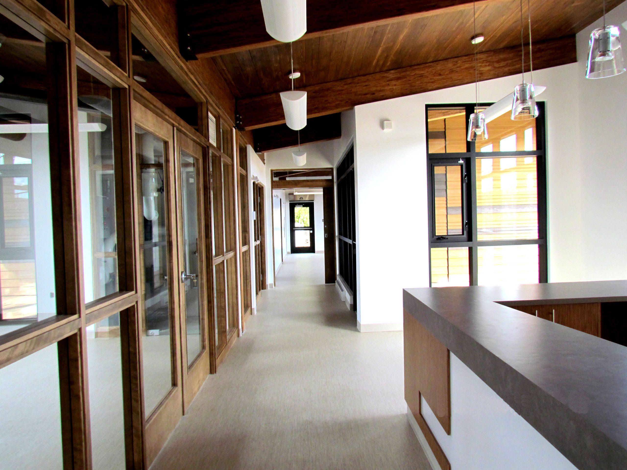 Pavillon d'accueil du Parc linéaire du Lac Saint-Charles Cecobois 7