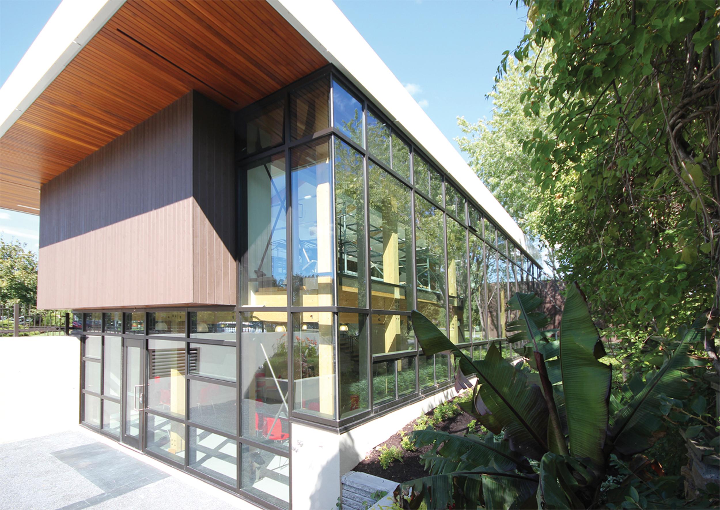 Pavillon horticole écoresponsable – ITA Campus de St-Hyacinthe Cecobois 1