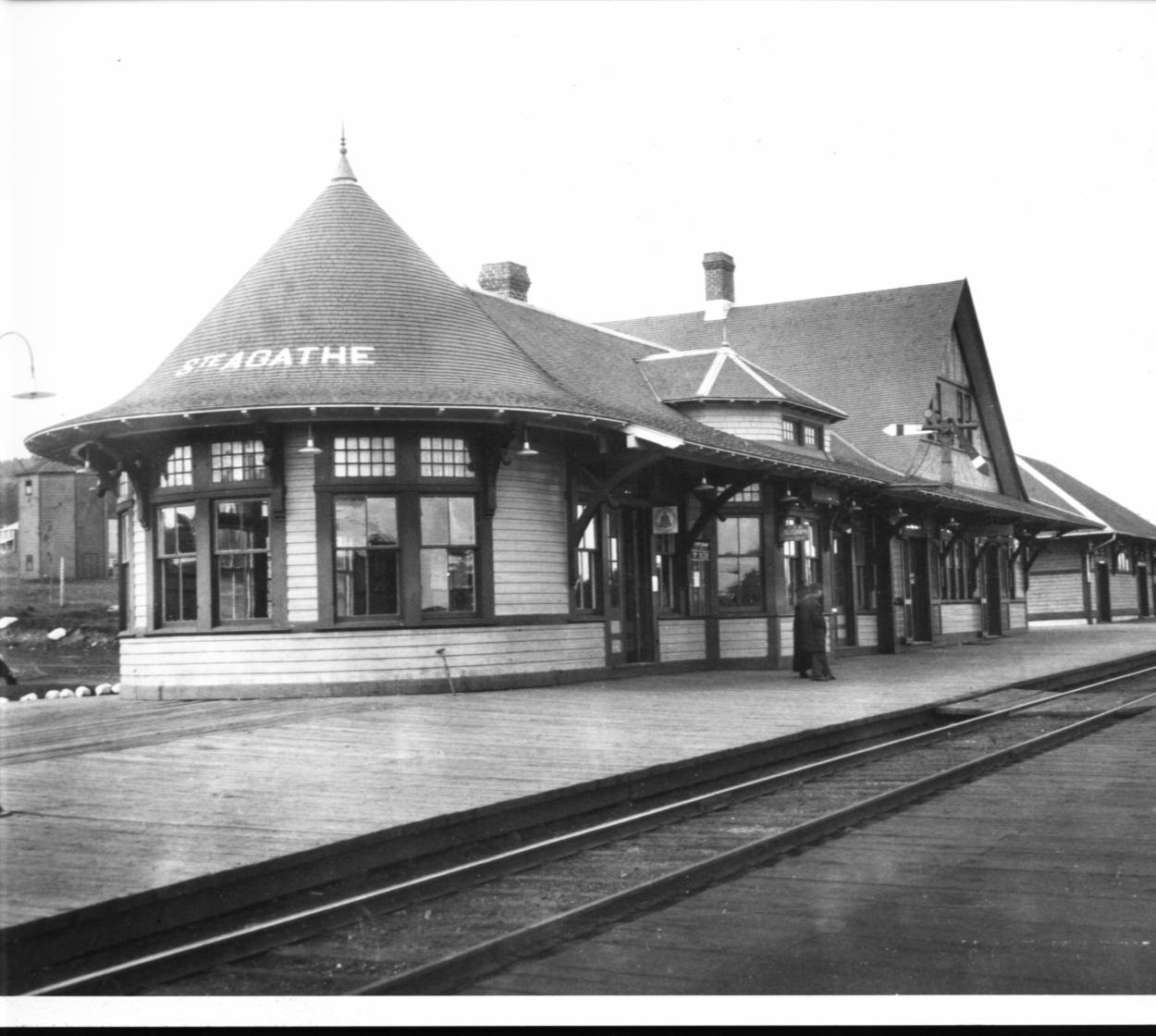 Gare de Sainte-Agathe-des-Monts Cecobois 4