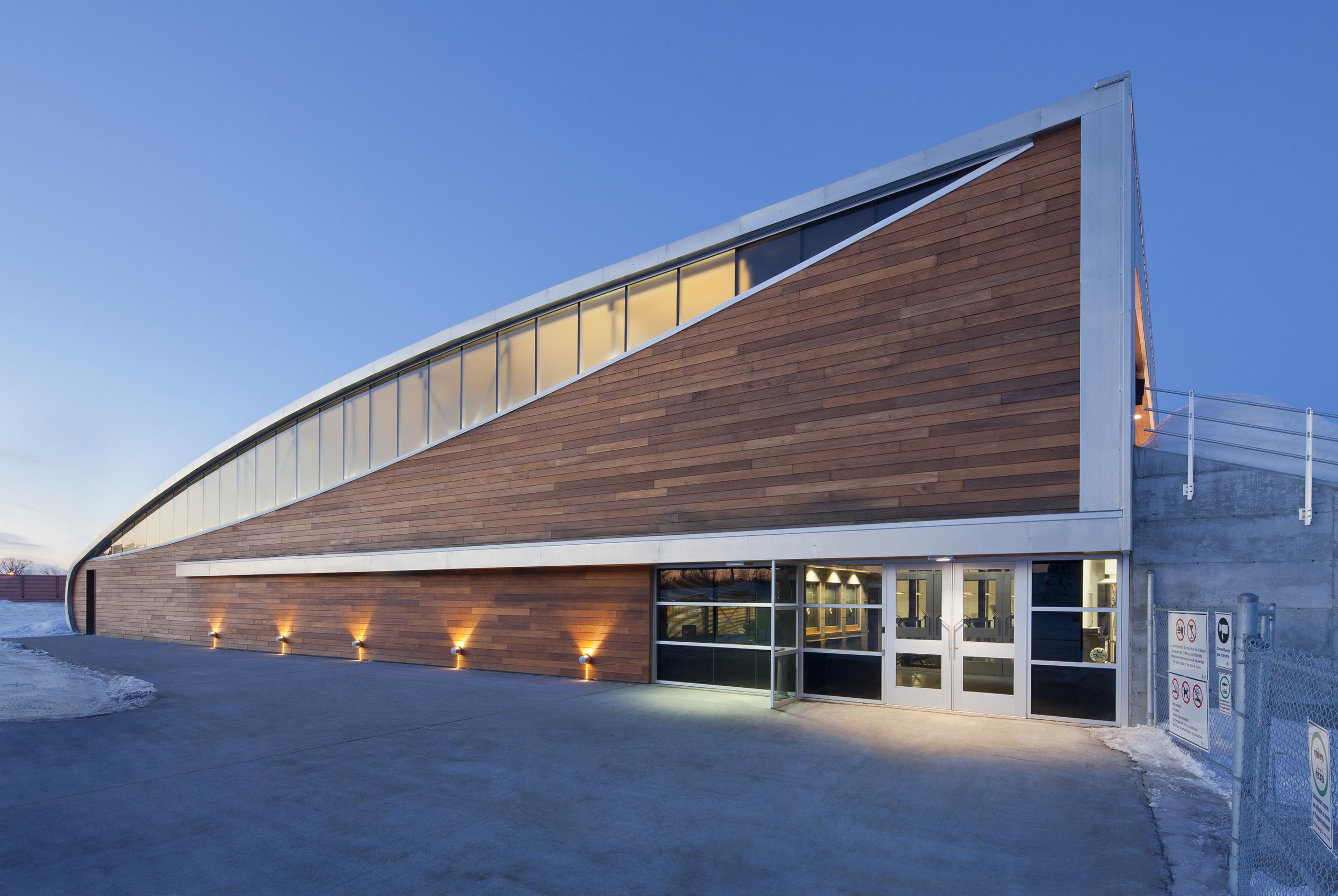 Aréna et pavillon de services de l'Université du Québec à Chicoutimi Cecobois 3